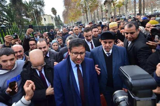 حضر ابن كيران وغاب وزراء البيجيدي.. تأجيل محاكمة حامي الدين