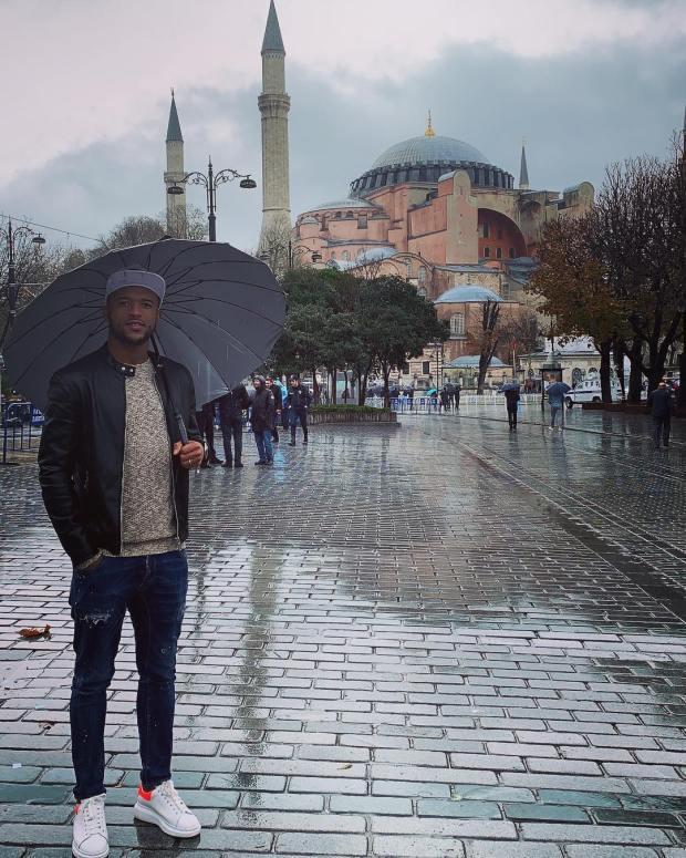 بعد حفل الزفاف.. أيوب الكعبي يقضي شهر العسل في تركيا