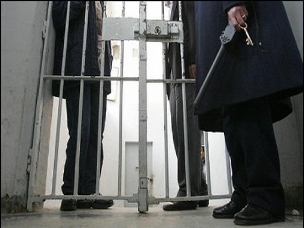 دار موتة حمار.. حقيقة اغتصاب عشرة سجناء لزميل لهم في عكاشة!