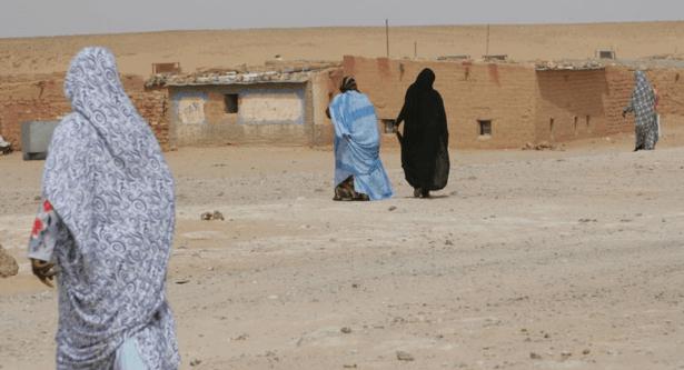 حقوق الإنسان في مخيمات تندوف.. حياة صعبة ومنع من التنقل وحالات اغتصاب!!