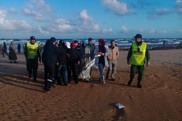 بعد تدخل طائرة للدرك ومروحية للقوات الجوية.. إنقاذ 30 صيادا في ساحل طرفاية