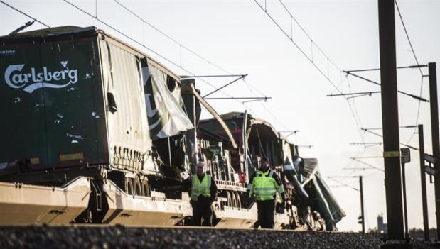 الدانمارك.. مقتل 6 أشخاص في اصطدام قطارين