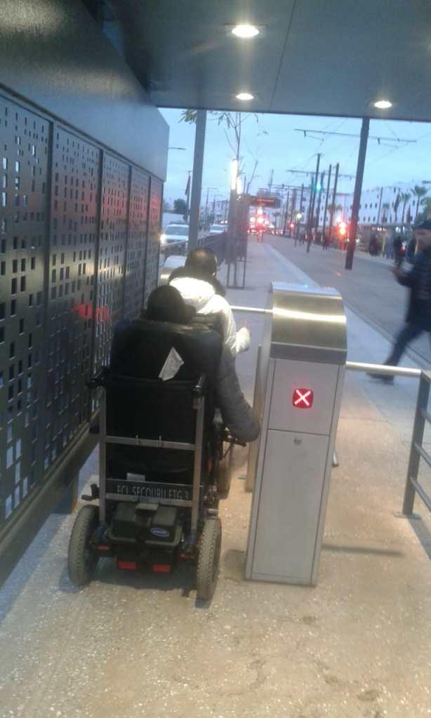 بالصور من كازا.. محطة الخط الثاني للترامواي بدون ولوجيات!!