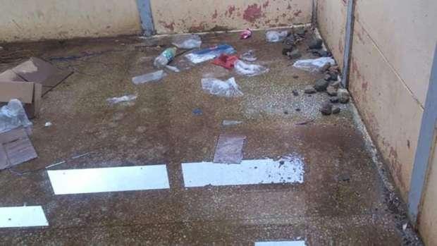 لا سقف لا شراجم.. وضعية كارثية لأقسام مدرسة في نواحي أزيلال!