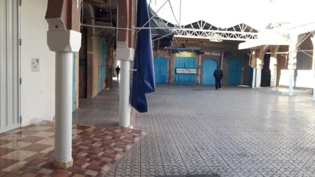 بسبب إضراب عام للتجار والحرفيين.. الحركة وقفات فتزنيت (صور)