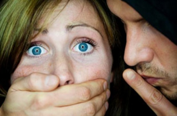 تعرض إيطالية للاغتصاب ومحاولة الاختطاف في الرباط.. مديرية الأمن تنفي وتوضح