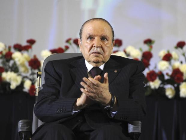 الجزائر تدخل التاريخ.. جثة تترشح للرئاسة! (فيديو)