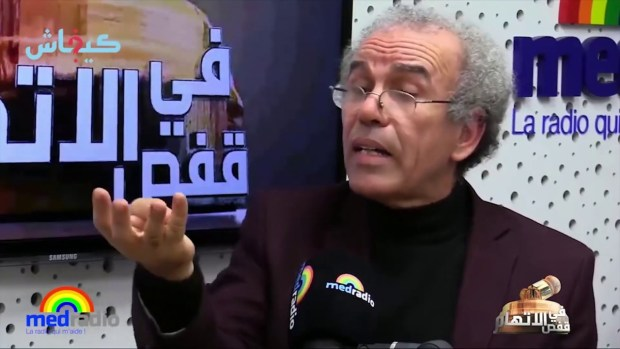 ما كاينش غير إكش وان.. أحمد عصيد داير الزحام فطوندونس يوتيوب! (فيديو)