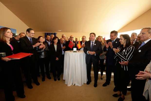 دعاه إلى معرض الفلاحة في مكناس.. أخنوشيتباحث مع وزير الفلاحة والصيد البحري الإسباني (صور)