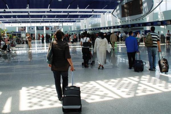 مطار محمد الخامس/ كازا.. توقيف ثلاثة تونسيين بسبب تهريب المخدرات