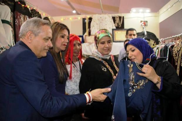العيالات علاش قادات.. 600 صانعة شاركن في الأسبوع الوطني للصناعة التقليدية