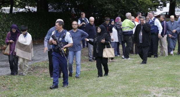 بالفيديو.. نجاة منتخب من مذبحة مسجدي نيوزيلندا