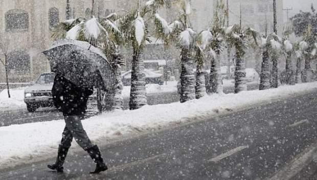 اليوم الجمعة.. الشتا والثلج