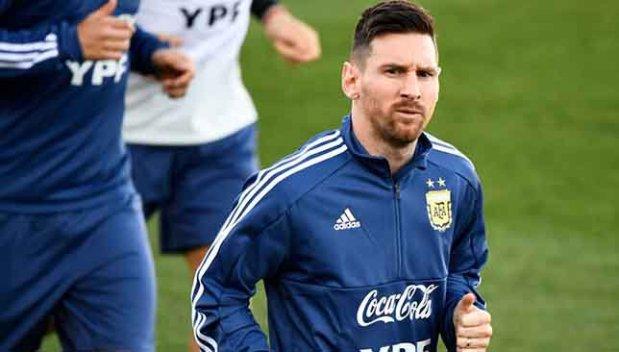 """صحيفة """"آس"""" الإسبانية: ميسي يفضل الاستراحة على اللعب أمام المغرب"""