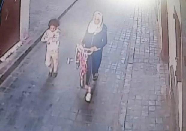 هاد الشي بزاف.. اختطاف طفلة في المدينة القديمة لكازا!!