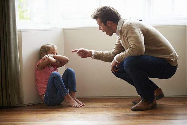 تحذير للآباء.. تعرض الأطفال للإساءة يعرضهم للاكتئاب!