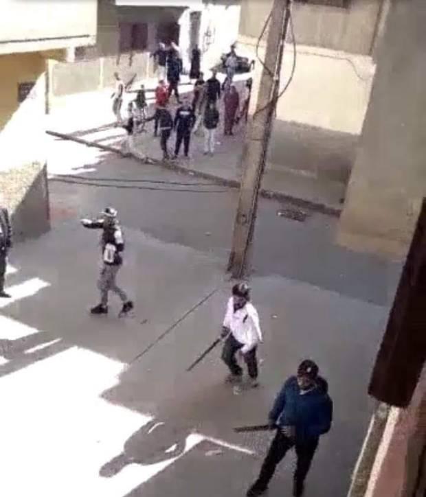 مضاربة بالسيوف بين جوج عائلات.. الأمن يعتقل 6 أشخاص في سلا