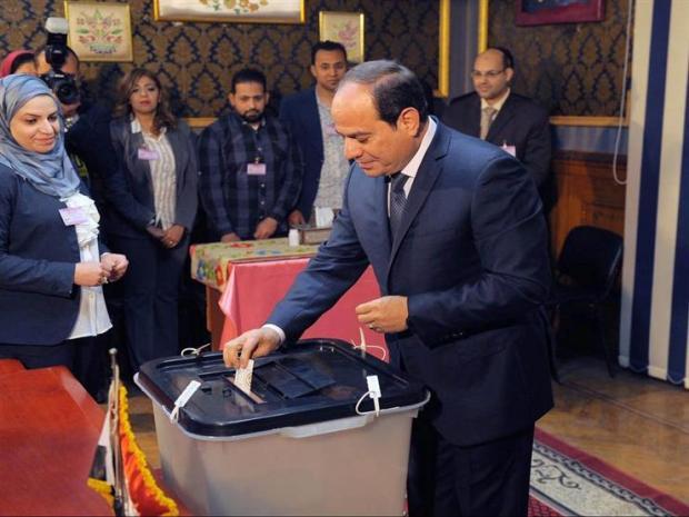 تسمح بتمديد ولاية السيسي حتى 2030.. بدء التصويت في استفتاء على تعديلات دستورية في مصر