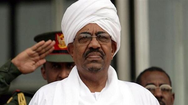 السودان.. نقل عمر البشير إلى السجن