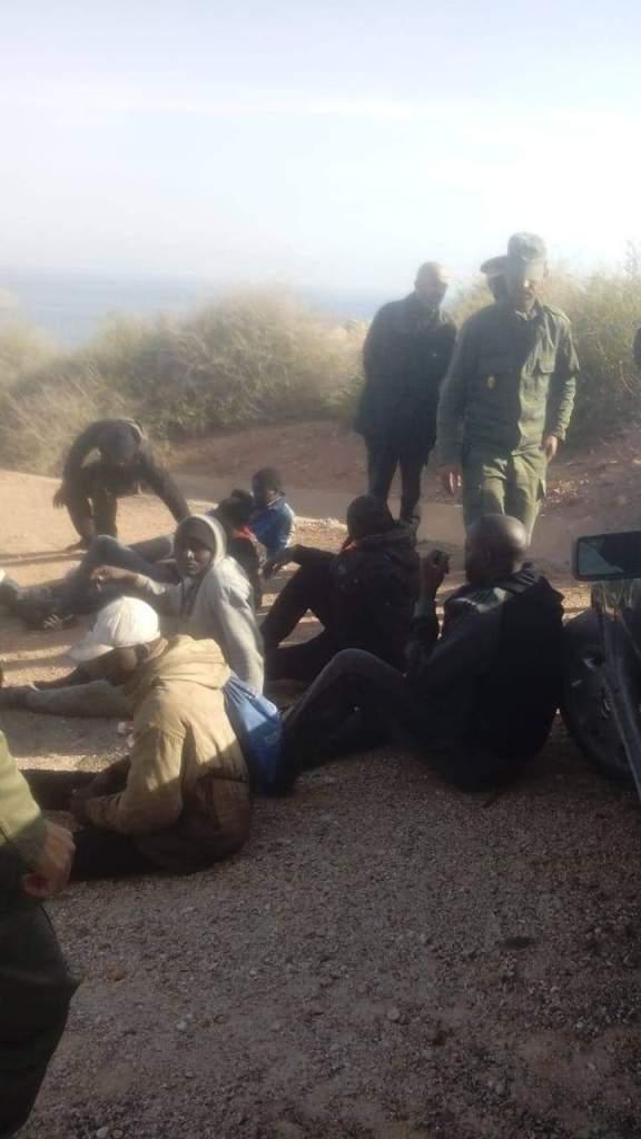 بالصور من شاطئ الحسيمة.. توقيف أزيد من 50 مهاجرا سريا بينهم 3 نساء