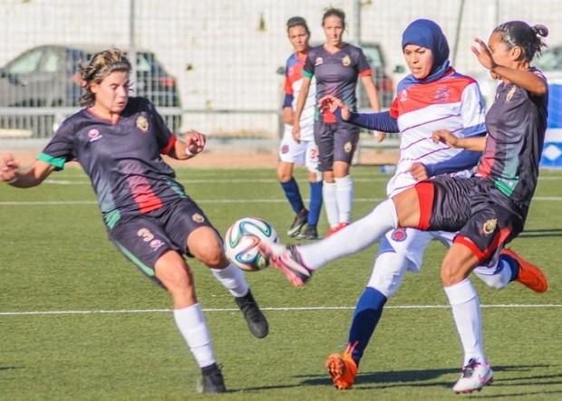 البطولة الوطنية النسوية.. رهانات لقجع ومشاكل القطاع
