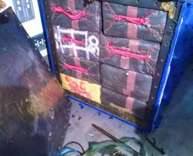 شحنة قياسية.. إحباط محاولة تهريب أزيد من 27 طنامن الشيرا في ميناءطنجة المتوسط (صور)