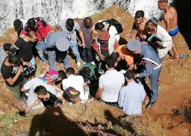 سقط من أعلى الشلالات.. مصرع سائح ألماني في أوزود (صور)