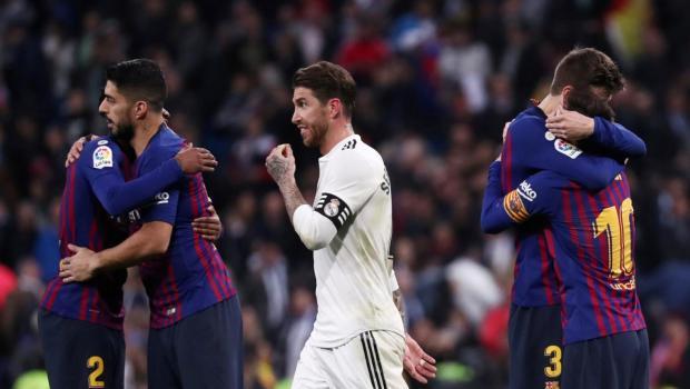 بسبب أحداث الشغب والمظاهرات السياسية.. الليغا تطلب نقل الكلاسيكو من برشلونة إلى مدريد