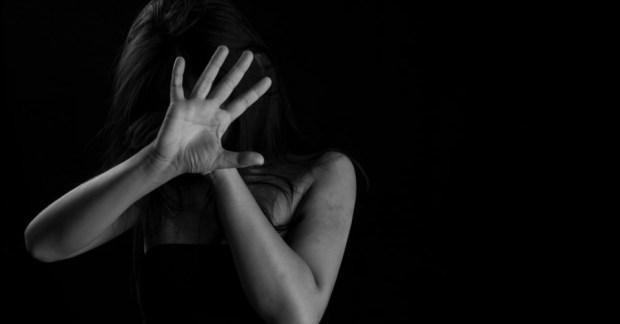 منع الاقتراب من الزوجة والأم والإيداع في مصحة نفسية.. أحكام قضائية جديدة في حق معنفي النساء