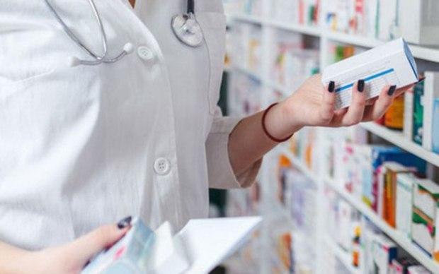 """وزير الصحة:""""ليفتيروكس"""" ودواء السل متوفران في المستشفيات ويتم توفيرهما تحت الطلب"""