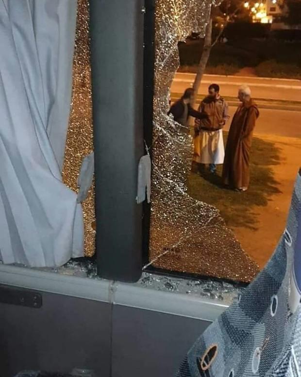 أحداث شغب كلاسيكو الرجاء والجيش.. البوليس يحقق وتوقيف 13 شخصا