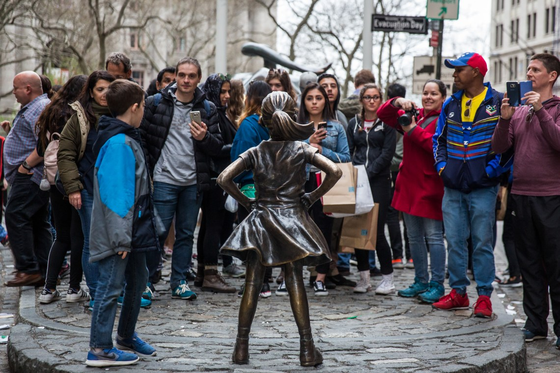 Fearless Girl, Wall Street