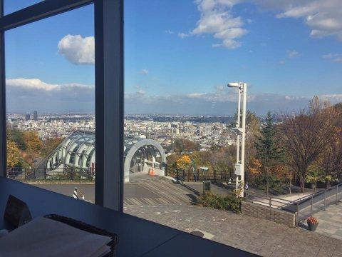 大倉山展望台ラムダイニング大倉山ジンギスカンからの眺望