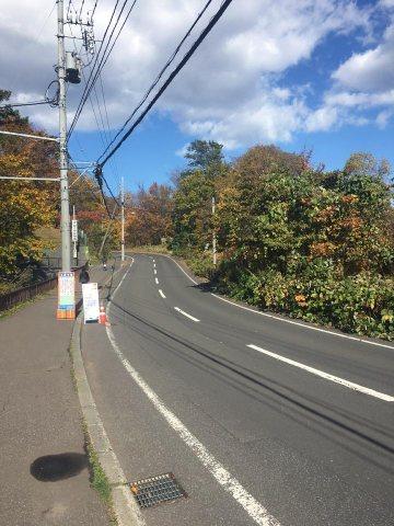 バス停から大倉山展望台までの景色
