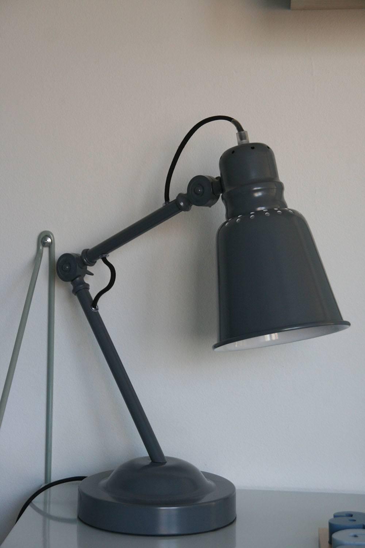 Sebra bordlampe