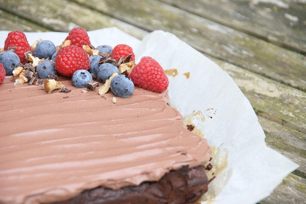 opskrift på den lækreste fudgy brownie uden sukker og gluenfri