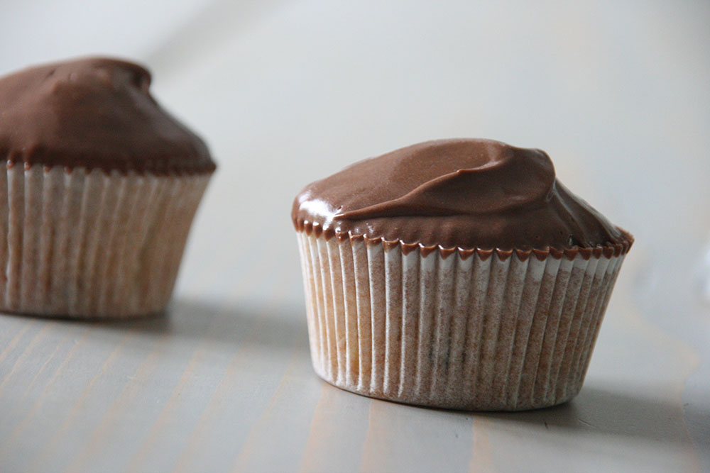Nok verdens bedste banan cupcake med silkeblød chokolade-karamel ganach