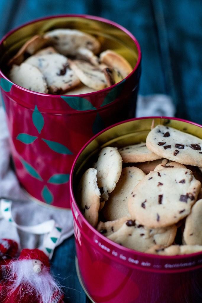 Nemme småkager med chokoladestykker