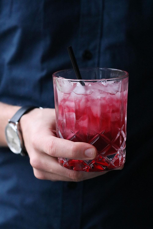 opskrift på læskende bramble - brombær drink