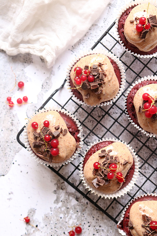 nem opskrift på red velvet cupcakes