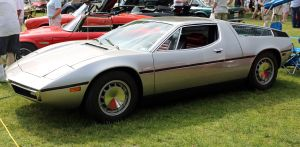 1280px-1973_Maserati_Bora_in_Greenwich