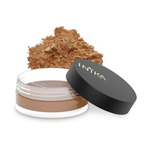 inika-loose-mineral-bronzer-3-5g-sunkissed-with-product