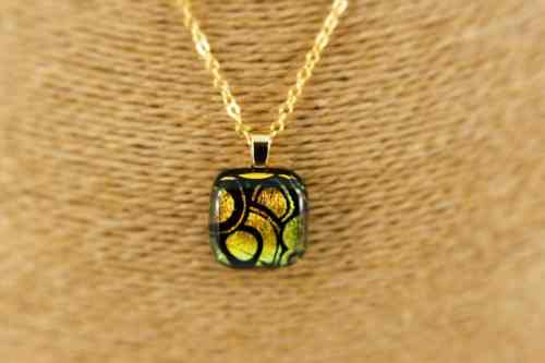 gold-circles-pendant