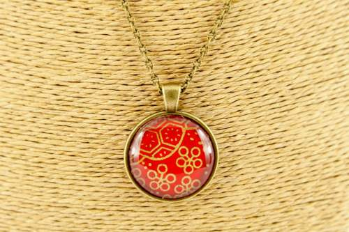 red-gold-flower-pendant