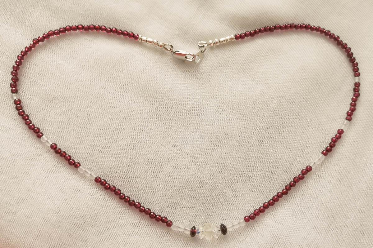 garnet-necklace