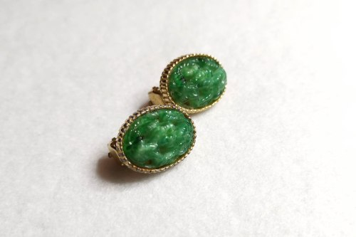 Sphinx jade green earrings