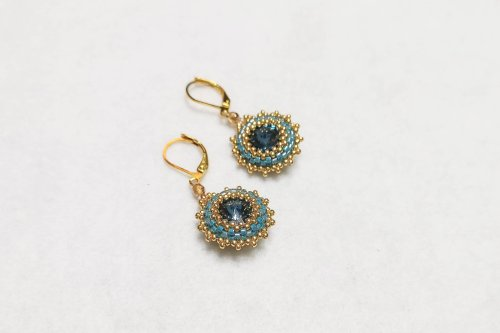 blue-earrings