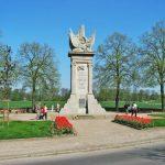 Torgau monument to 1945 meeting