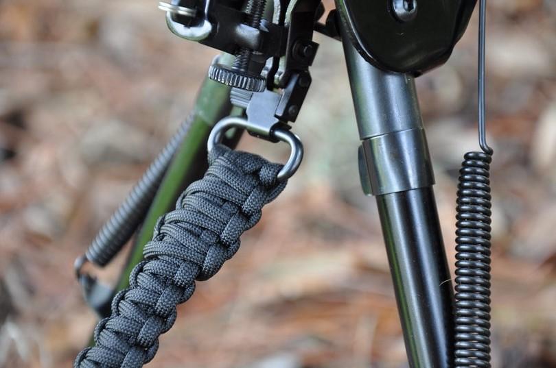 Making-a-Triple-Cobra-stitch-rifle-sling