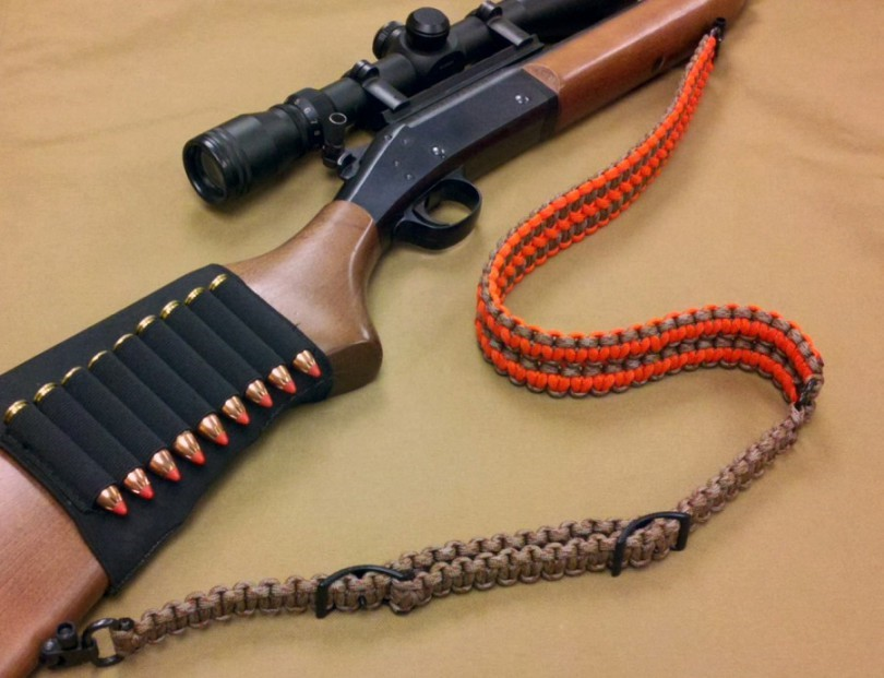 Rifle-sling-made-from-paracord-810x621